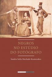 NEGROS NO ESTÚDIO DO FOTÓGRAFO