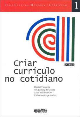 CRIAR CURRÍCULO NO COTIDIANO